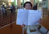 Komi, Syktyvkar: a pianist in railway station